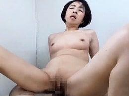 「あぅぅ〜っ」50代のお母さんが息子に突きまくられる! 藍川京子 ほか