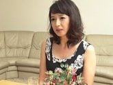 五十路義母が息子の担任の手マンに悶絶&息子にパコられる 安野由美