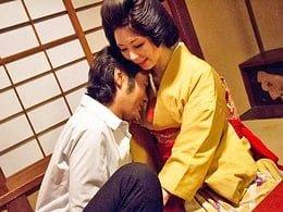 隅田川畔の色街に暮らす芸姑が愛する男のために犯される 翔田千里
