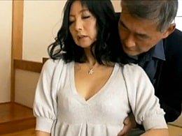 義兄に媚薬を盛られ全身性感帯になって抱かれてしまう五十路妻 野宮凛子