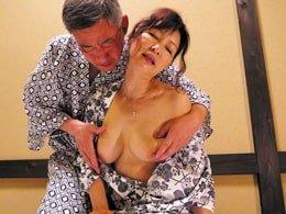 六十路の高齢夫婦の年季の入った熟年セックス! 彩月かおる  里中亜矢子