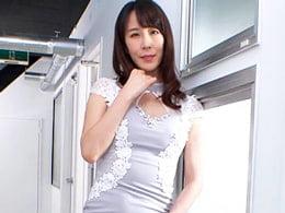 四十路の妖艶熟女がフェラ&ベロチューで卑猥に絡む 澤村レイコ