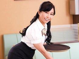 パート研修中にトレーナーに好き放題される51歳の主婦 戸澤佳子