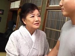 小泉多恵子