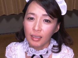 五十路美熟女が何人ものザーメン連発ごっくんの嵐! 安野由美