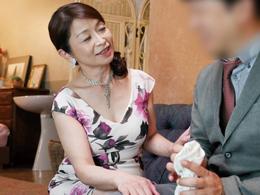 高級ソープで六十路熟女の泡姫に骨抜きにされてしまった… 遠田恵未
